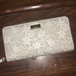 KATE SPADE wallet!!!!